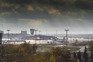 Nowe linie i trasy. Lotnisko Chopina z historycznym rekordem