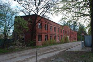 Hale fabryczne w Ursusie i siedziba Sztabu - nowe zabytki Warszawy